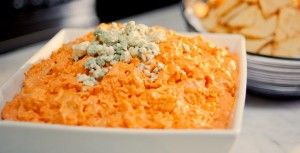 https://www.hamptonstohollywood.com/kyle-langan/easiest-low-carb-buffalo-chicken-dip/