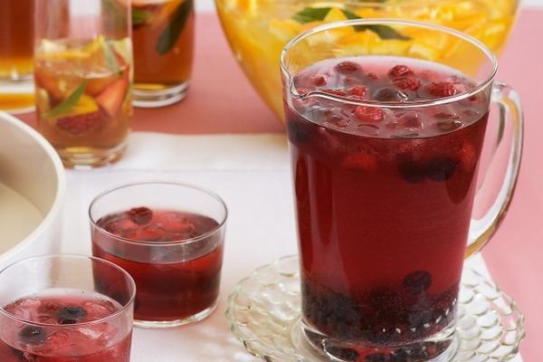 Hamptons to Hollywood - Summer Tea Drinks