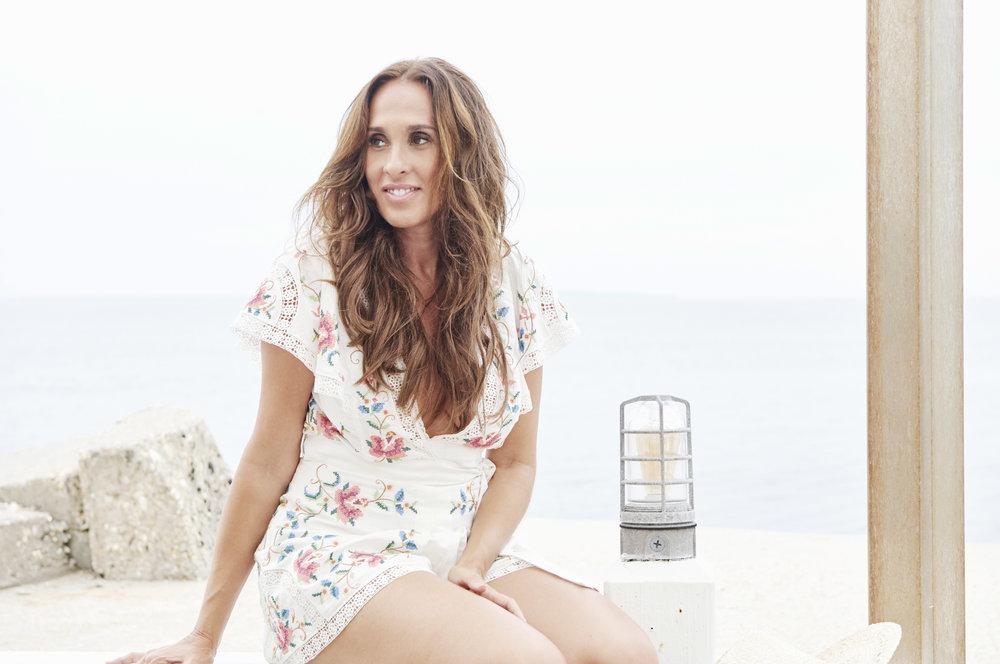 Jayma Cardoso Hamptons to Hollywood